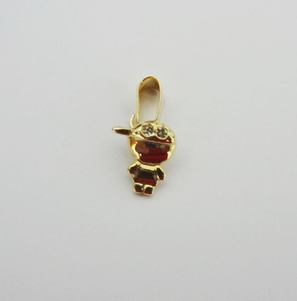 Pingente Folheado a ouro - Menininho de Boné no Elo7   Pedra do Sol ... 7420475bfb
