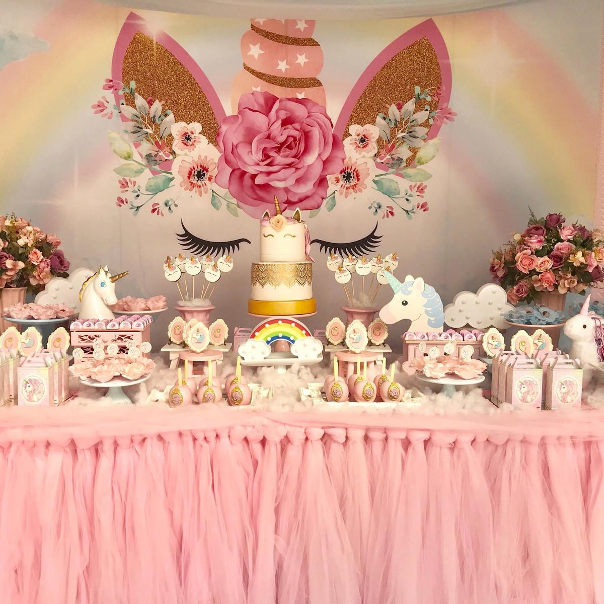 Decoraç u00e3o de Festa Unicórnio Promoç u00e3o p Locaç u00e3o no Elo7 L M Decora Festas (C33EB9) -> Decoração De Unicornio Para Festa
