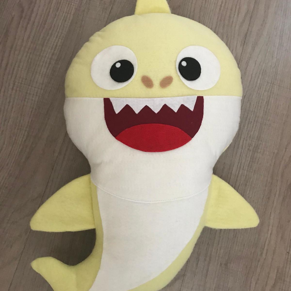 Tubaro baby shark pink fong em feltro no elo7 matsuart lembranas zoom tubaro baby shark pink fong em feltro stopboris Choice Image