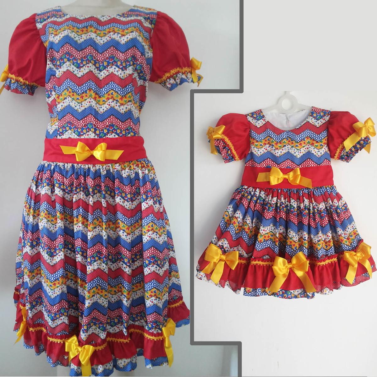 4a4e2311f87268 3 Vestidos. 1 Vestido junino tal mãe, 2 tal filha
