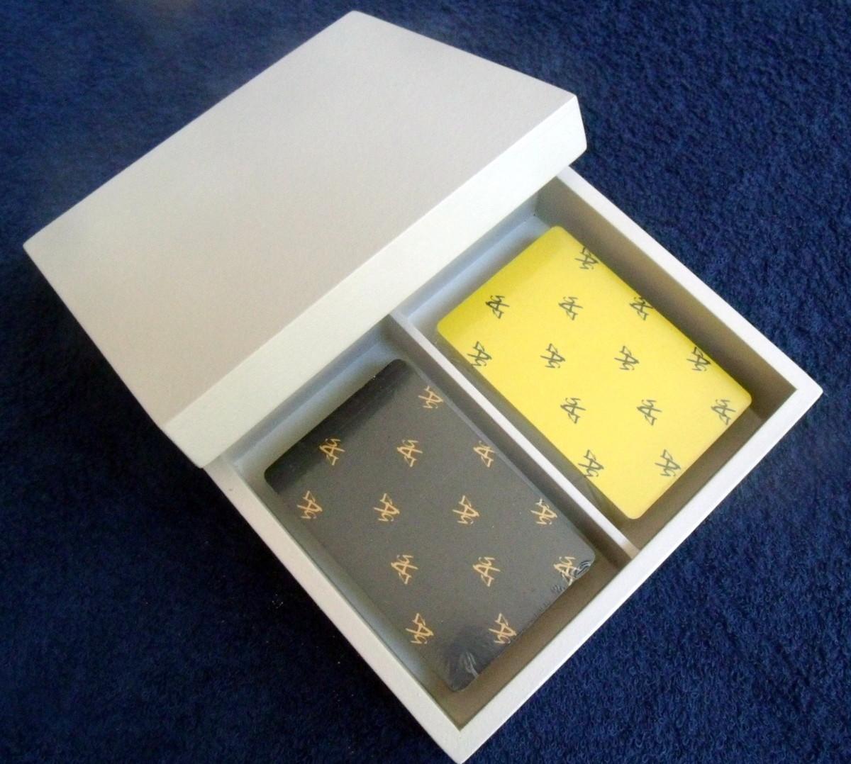 Baralho plástico Zag (par) em caixa com tampa no Elo7  1862cdb51ebd8