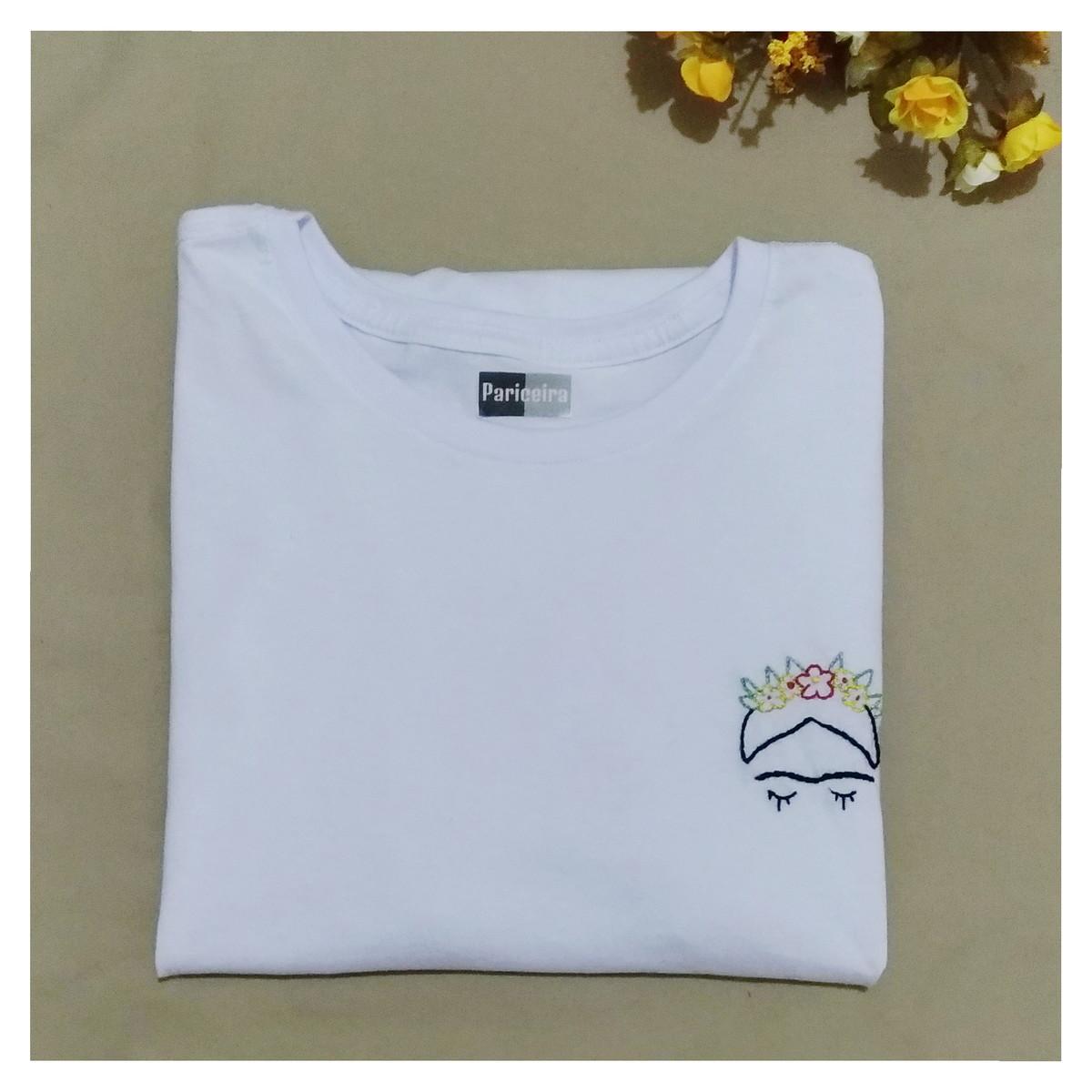 Camiseta algodão bordada Frida Kahlo no Elo7  831c75bdaca