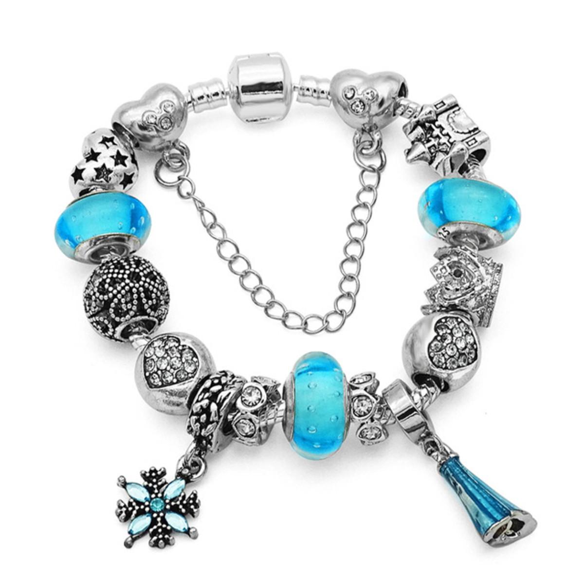 5a9d4124a09 Pulseira Tipo Pandora Vivara Infantil Elsa Frozen Banhada no Elo7 ...