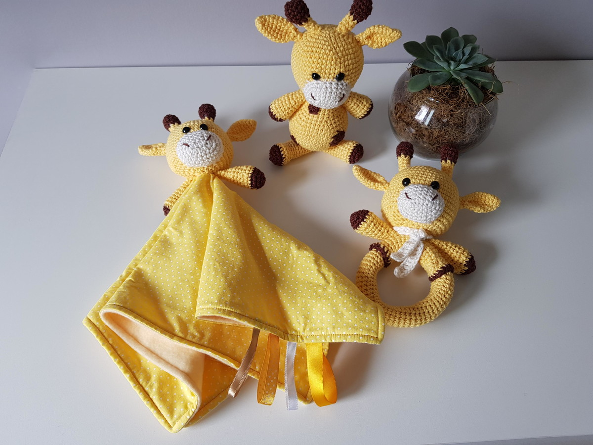 FromMe - Mais uma encomenda! Chocalho de girafa Design e... | Facebook | 900x1200