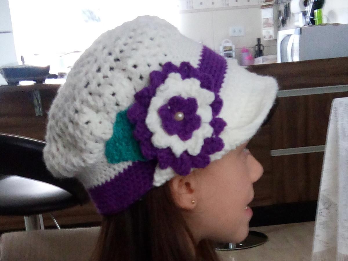 77c0f6b45b5f4 Zoom · Boina em crochet