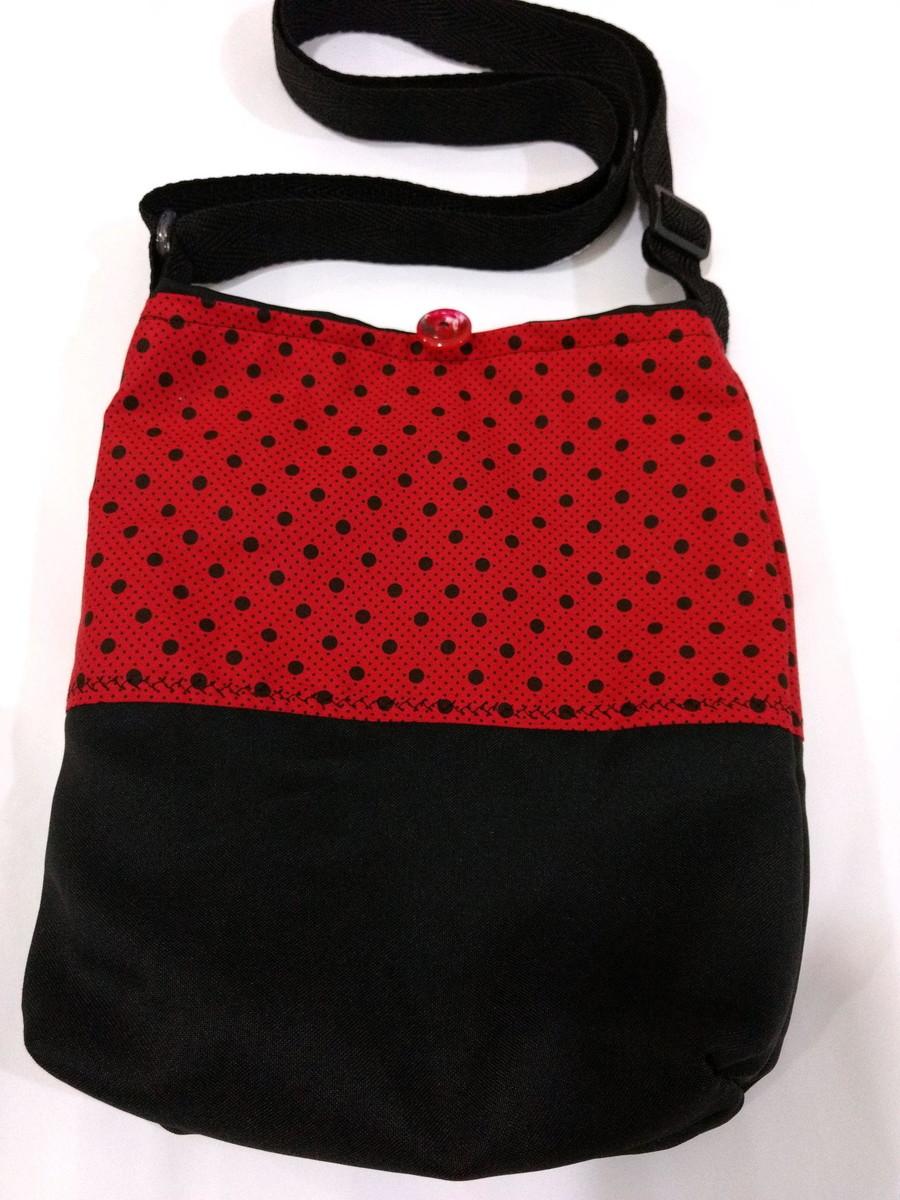 edafd465a Bolsa tiracolo preta x bolinhas pretas e tecido vermelho no Elo7 ...