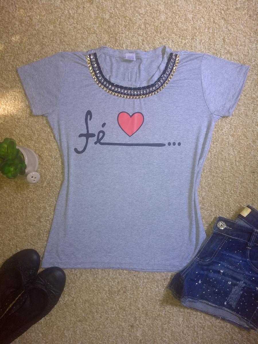 e21e114b38 Camiseta bordada Fé cinza no Elo7