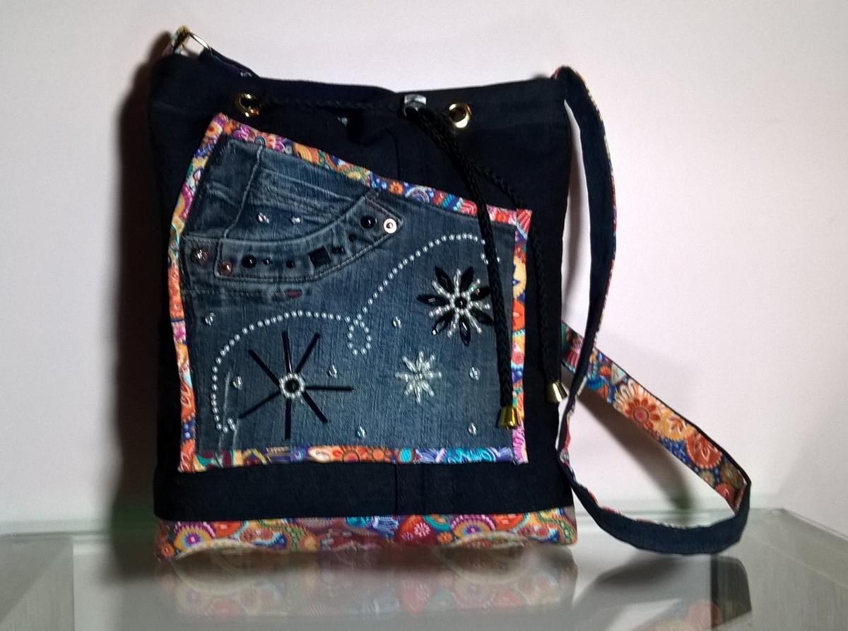 e268a2dfc Bolsa jeans - bordada com miçangas (flores) no Elo7 | Batô Bags (C96F76)
