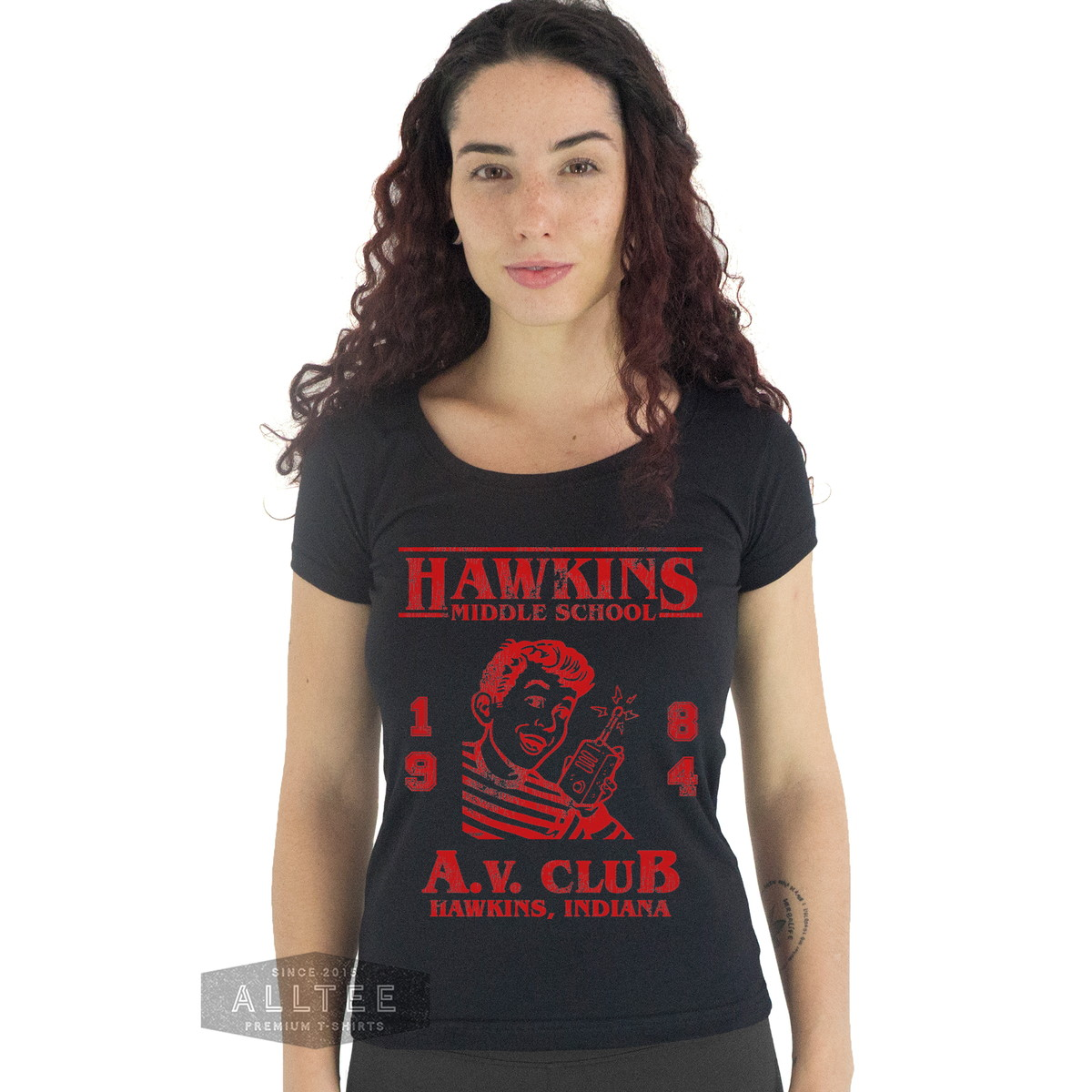 Camiseta Feminina Stranger Things Av Club Colegial Camisa no Elo7 ... 34b53726c45db