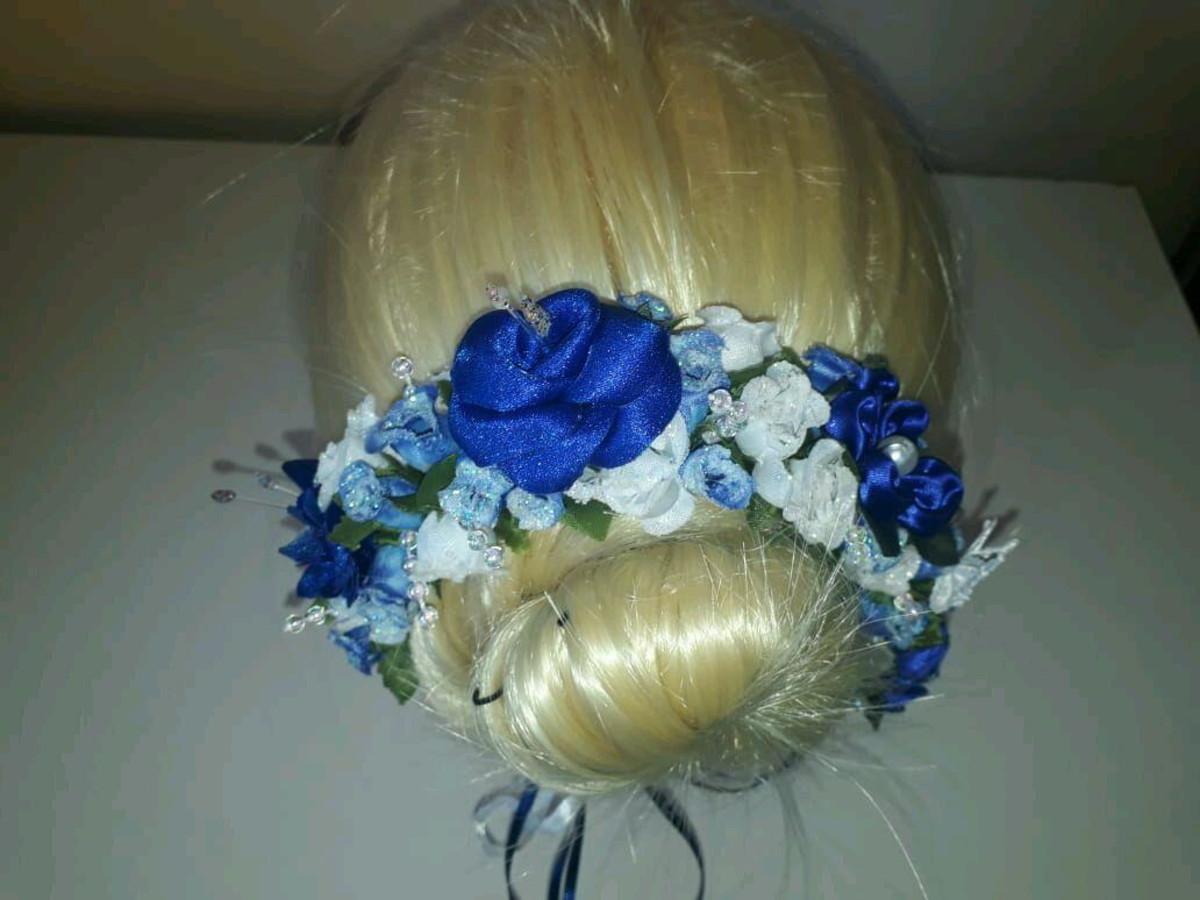d82246ba1f Cód 02  Porta coque de flores (Azul) no Elo7