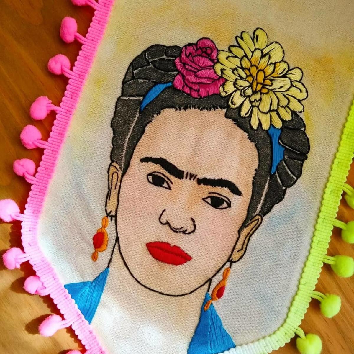 Flâmula Frida Kahlo no Elo7 | Trama Intergalática (CFA57C)