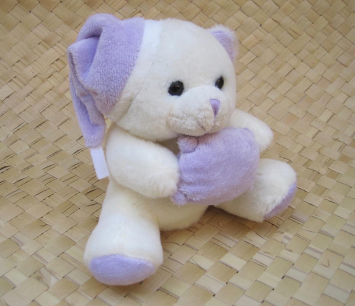 Kit com Naninha e Bolsa Termica de Urso lilás no Elo7  654d8f982ad