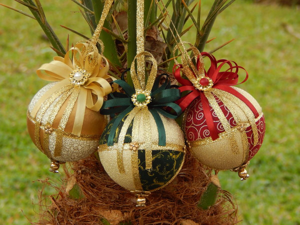 Bolas de natal artesanal decorada trio no elo7 stock - Bolas para decorar ...