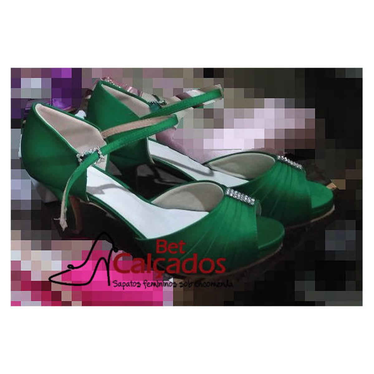 e55d1ed9a Sandália CETIM Verde rosto drapeado no Elo7 | Bet Calçados (D1491D)