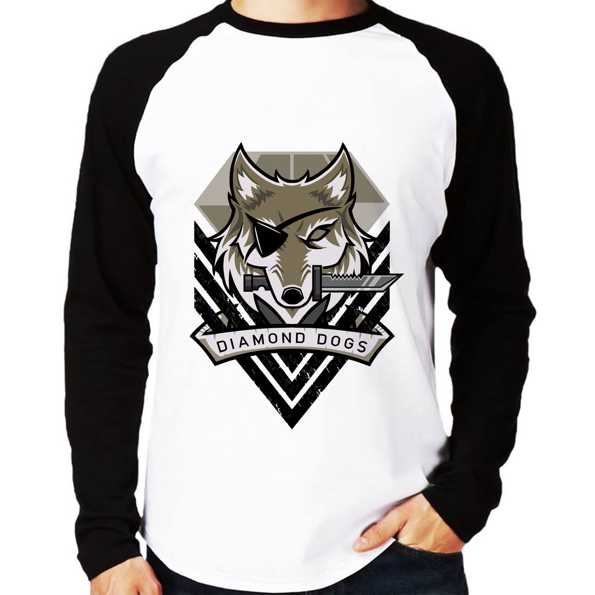 b2d05a33355bb Camisa Raglan Metal Gear Solid V Diamond Dogs Manga Longa no Elo7 ...