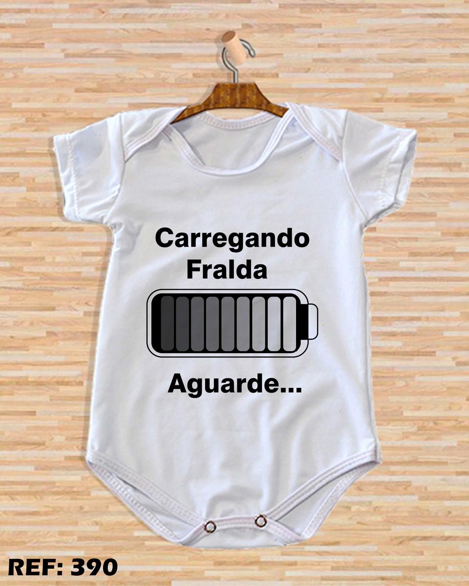 eefb83ebb944 Body de bebê personalizado carregando fralda aguarde... no Elo7 ...