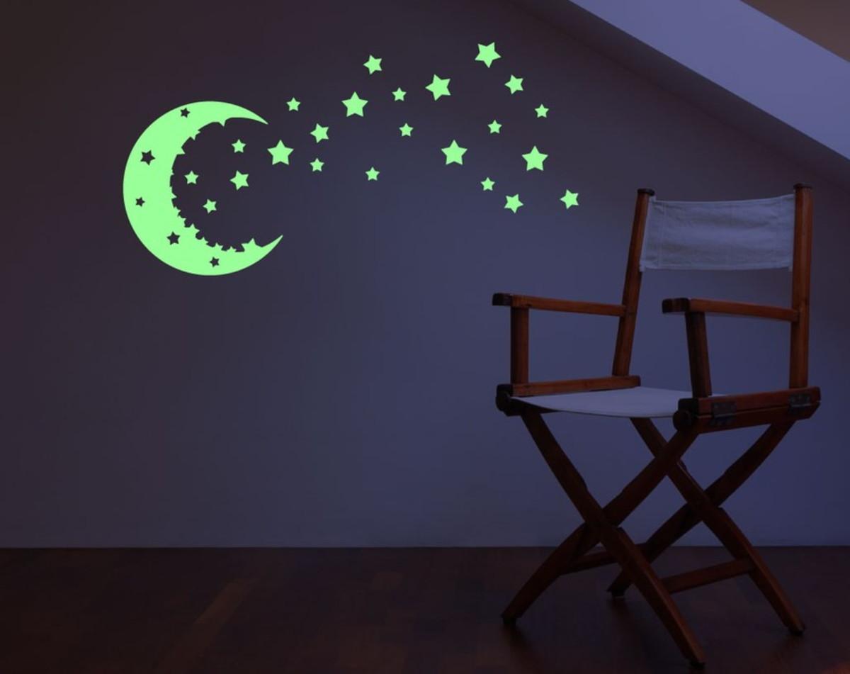 88f84c8e2 Adesivo lua e estrelas que brilham no escuro no Elo7