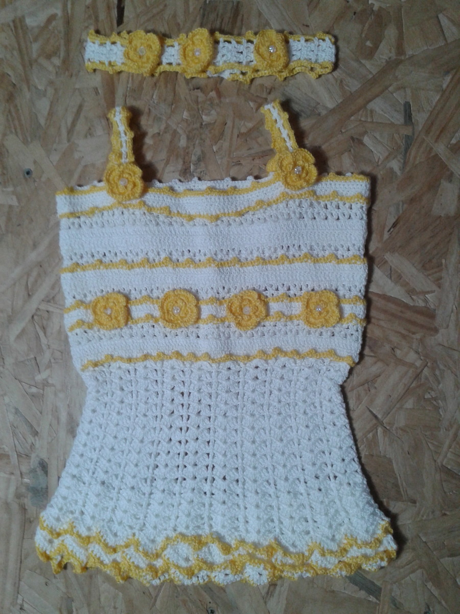 5fb2b140ede27 Vestido em crochê infantil com Tiara no Elo7