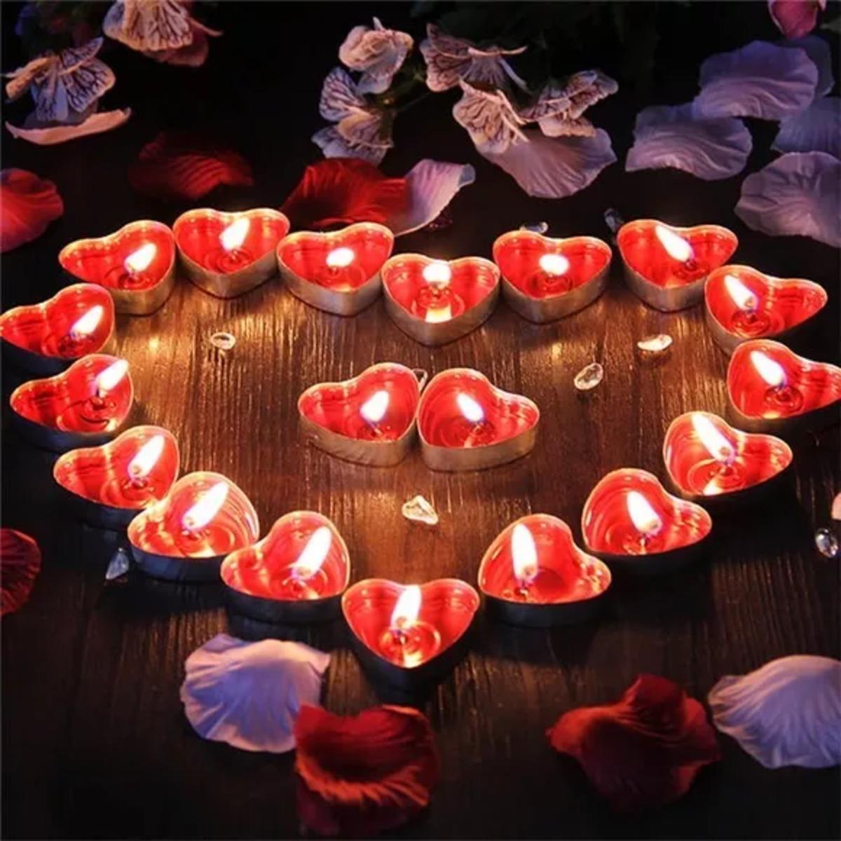0a7e378a763345 Kit Decoração Romântica Namorados Surpresa Pétalas Velas