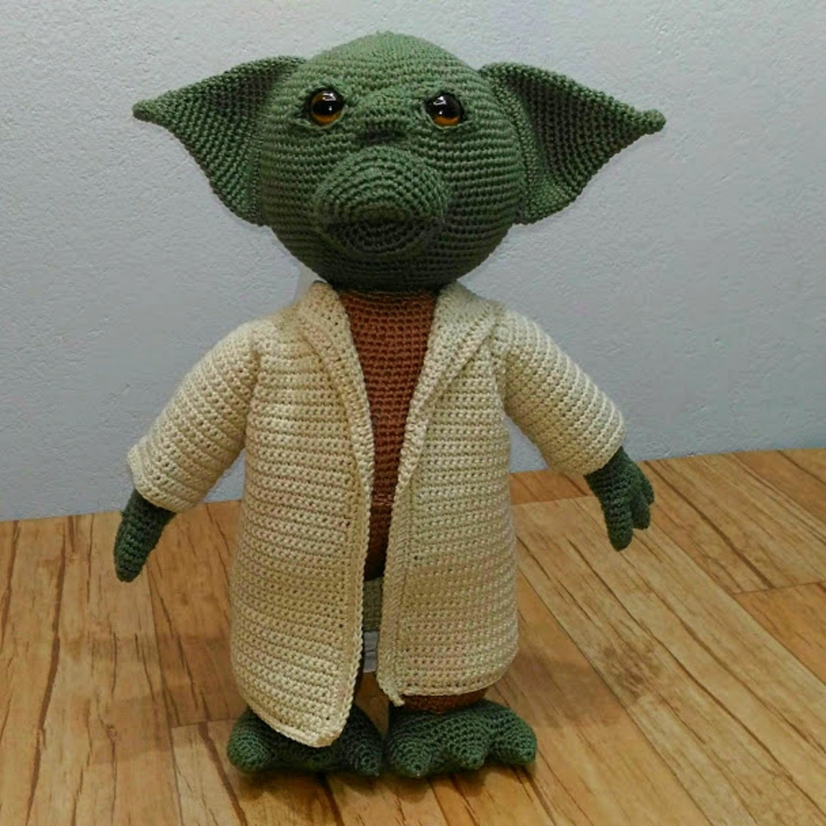 Ravelry: Baby Yoda Amigurumi pattern by LarissaMaced ... | 1200x1200