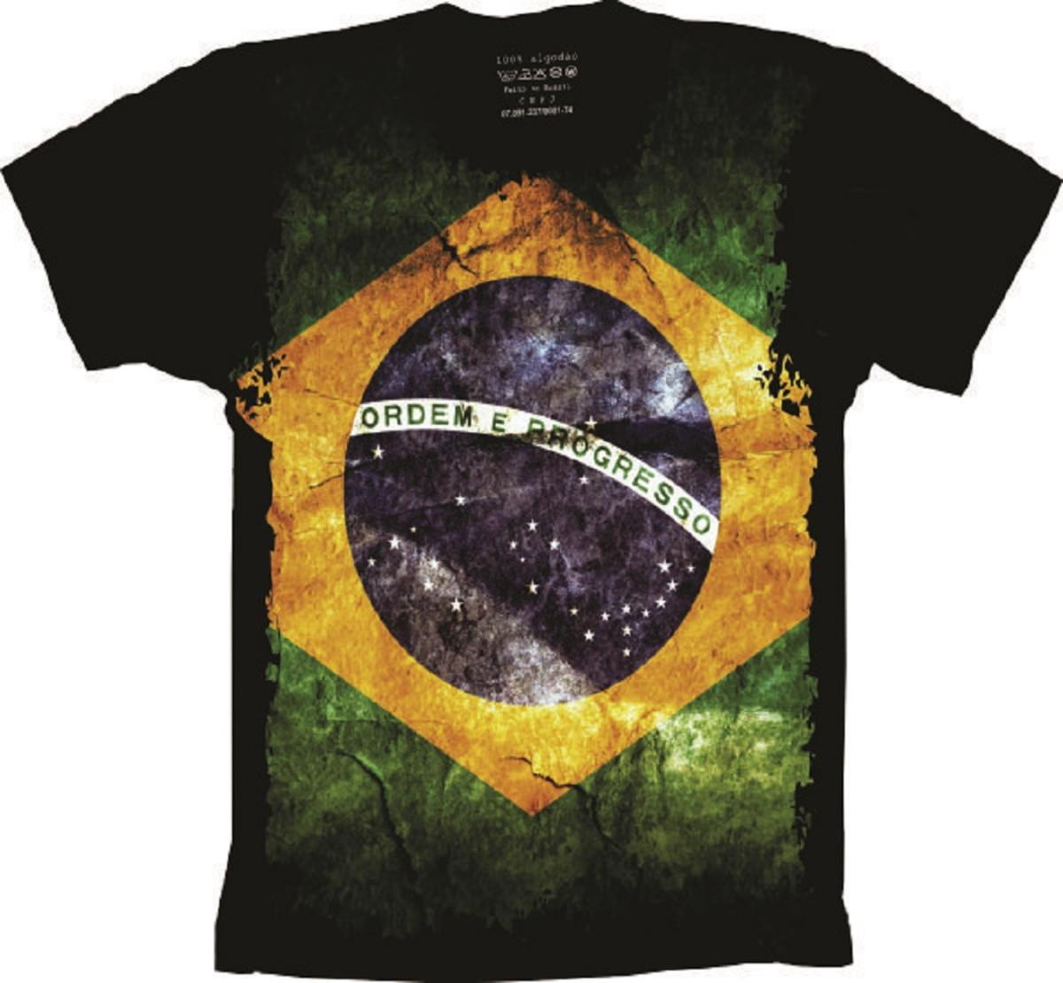 6002a0b77 Camiseta Bandeira do Brasil no Elo7