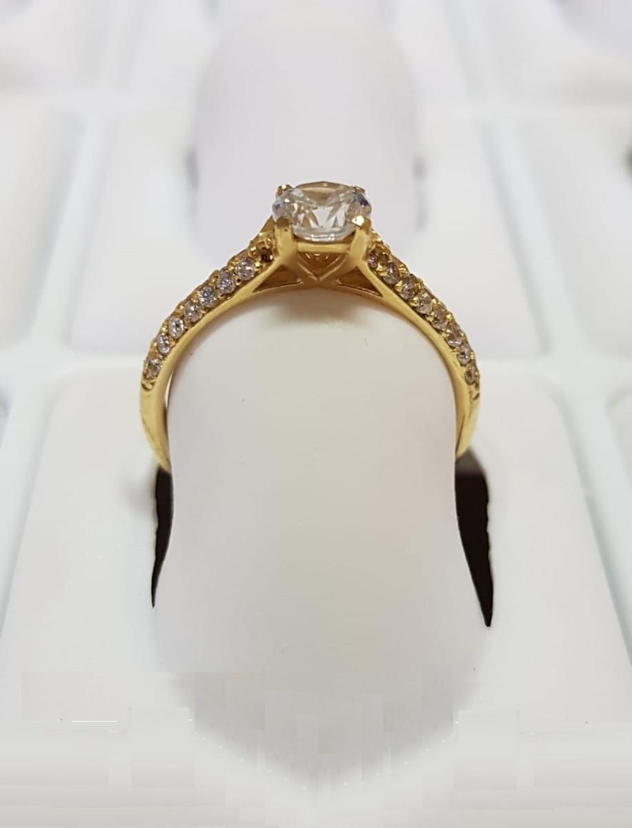 e174cc9c060 Anel Solitário de Ouro 18k Cravejado c  pedra de Zircônia no Elo7 ...