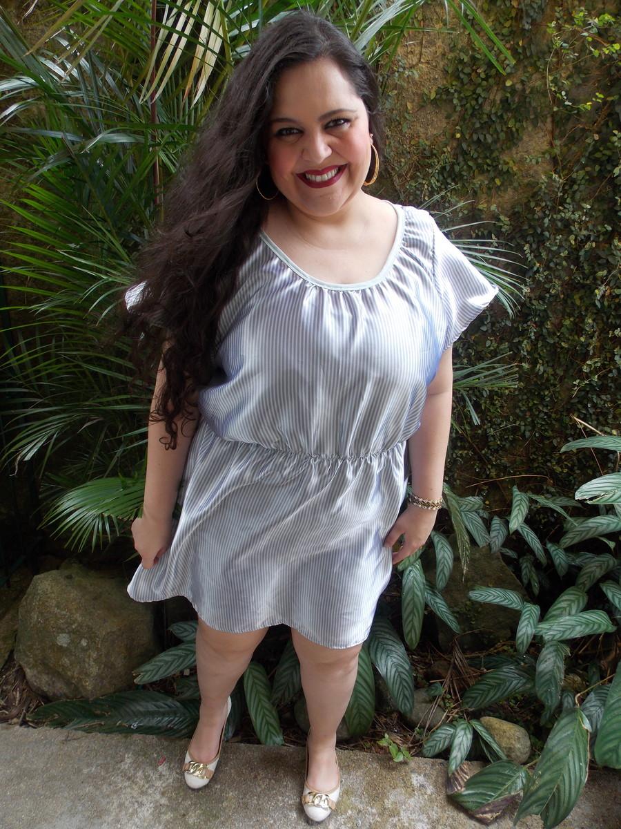 0a3b5700c17108 Vestido Branco e Prateado Plus Size XG Exclusivo