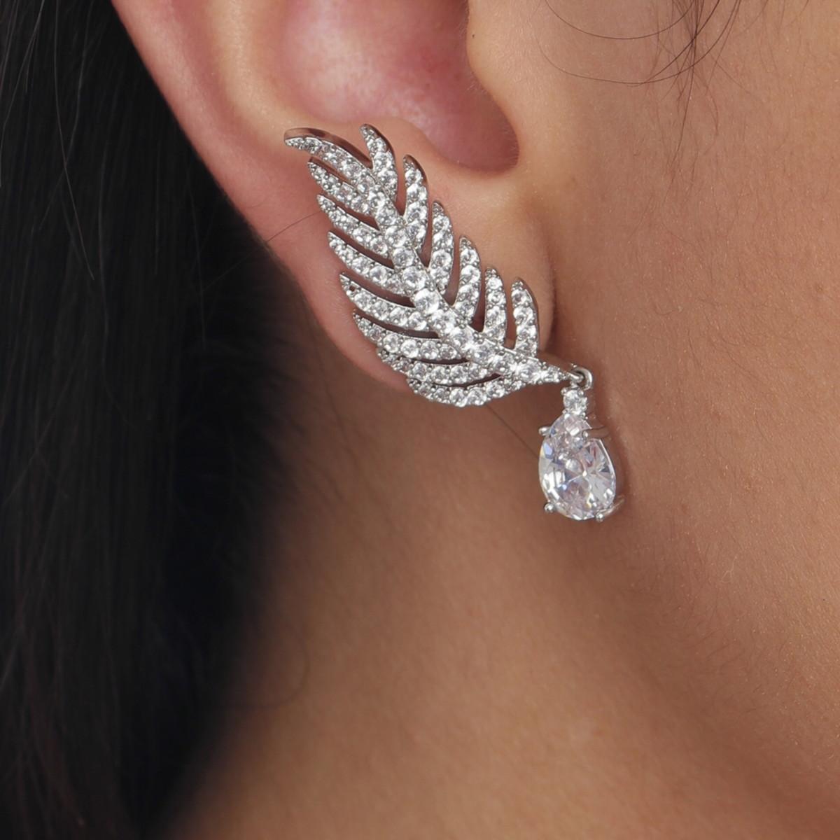 e71038cbc89af Brinco Ear Cuff Folhas Cristal Semi Joia Luxo no Elo7   Drusi Semi ...