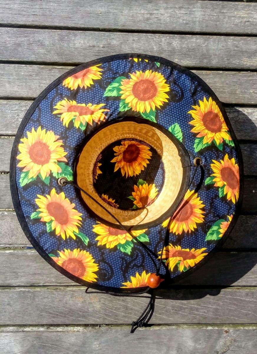 8a207db043da1 Chapéu de palha surf estampado girassol no Elo7