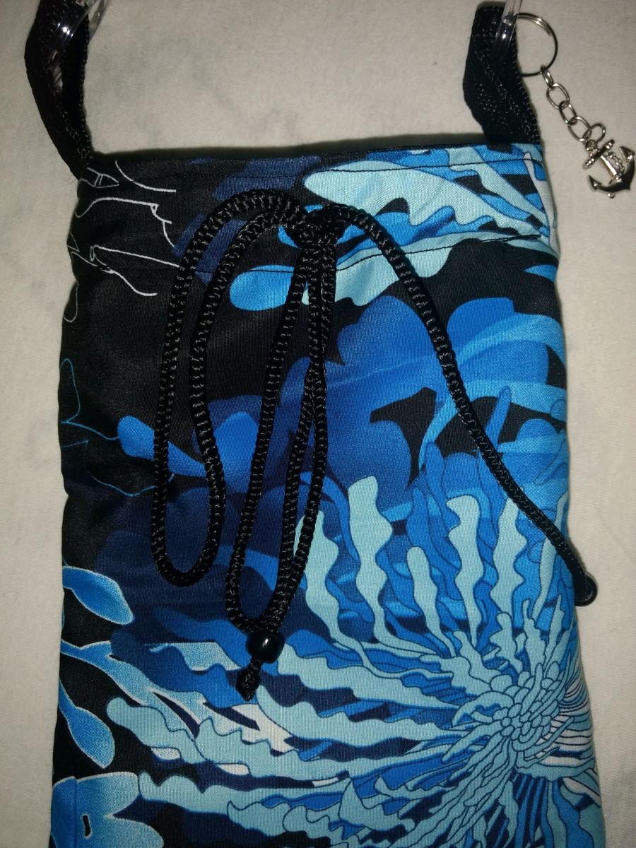 cc787a58be Bolsa mini tiracolo preta e azul algas marinhas no Elo7