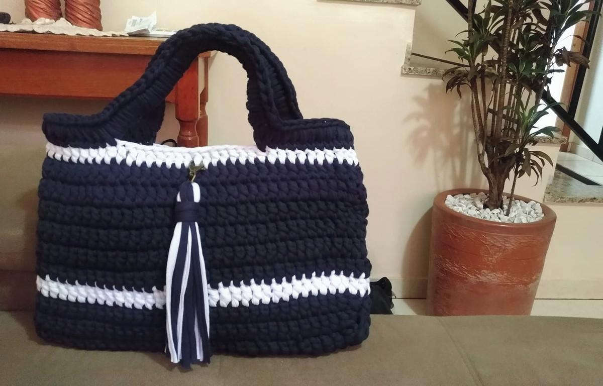 1d72fb702 Bolsa de Praia em fio de Malha Azul e Branca com Chaveiro no Elo7 ...