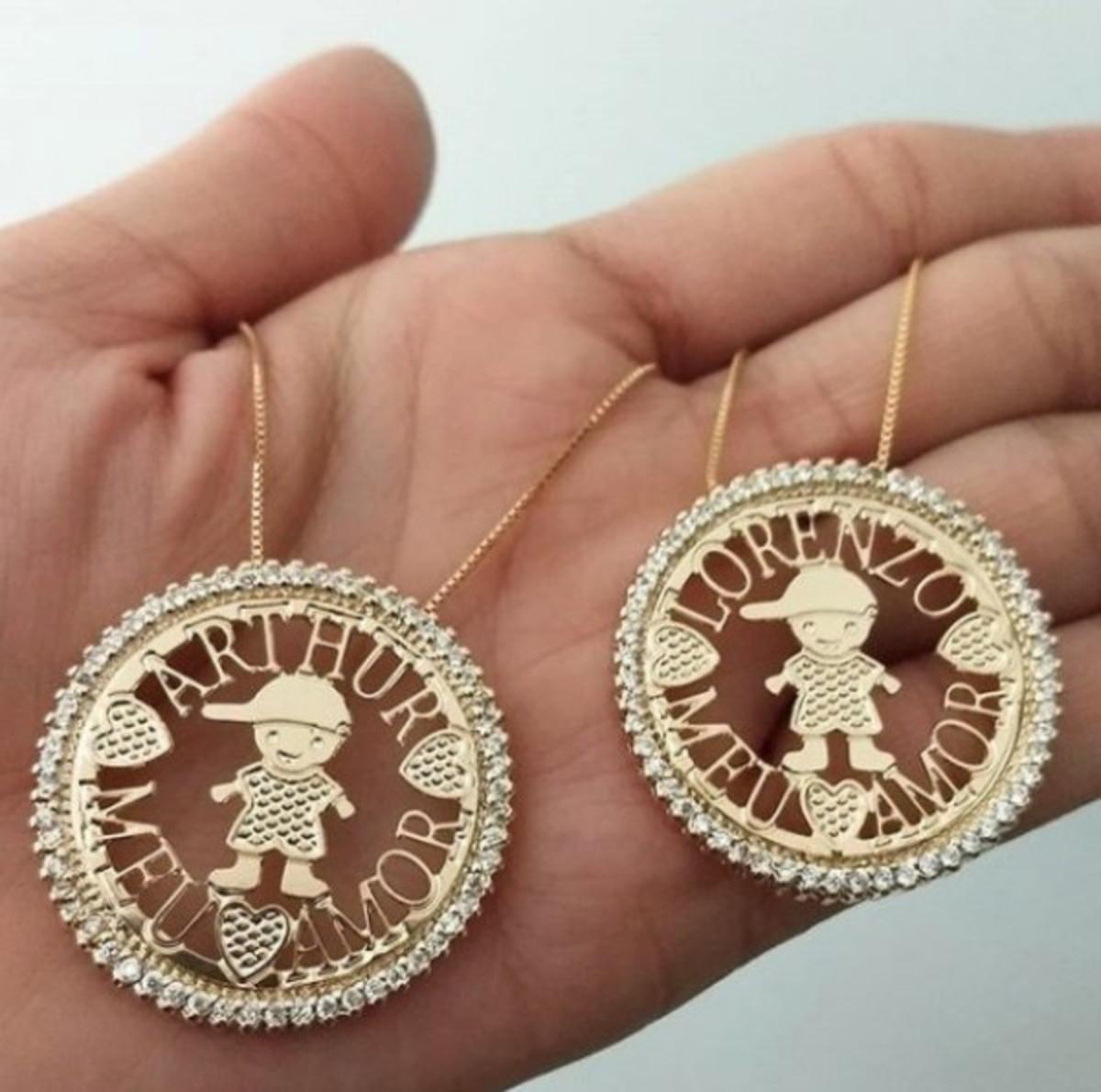 72a5246af7245 Gargantilha Mandala Personalizada Bordas Cravejadas em Banho no Elo7 ...
