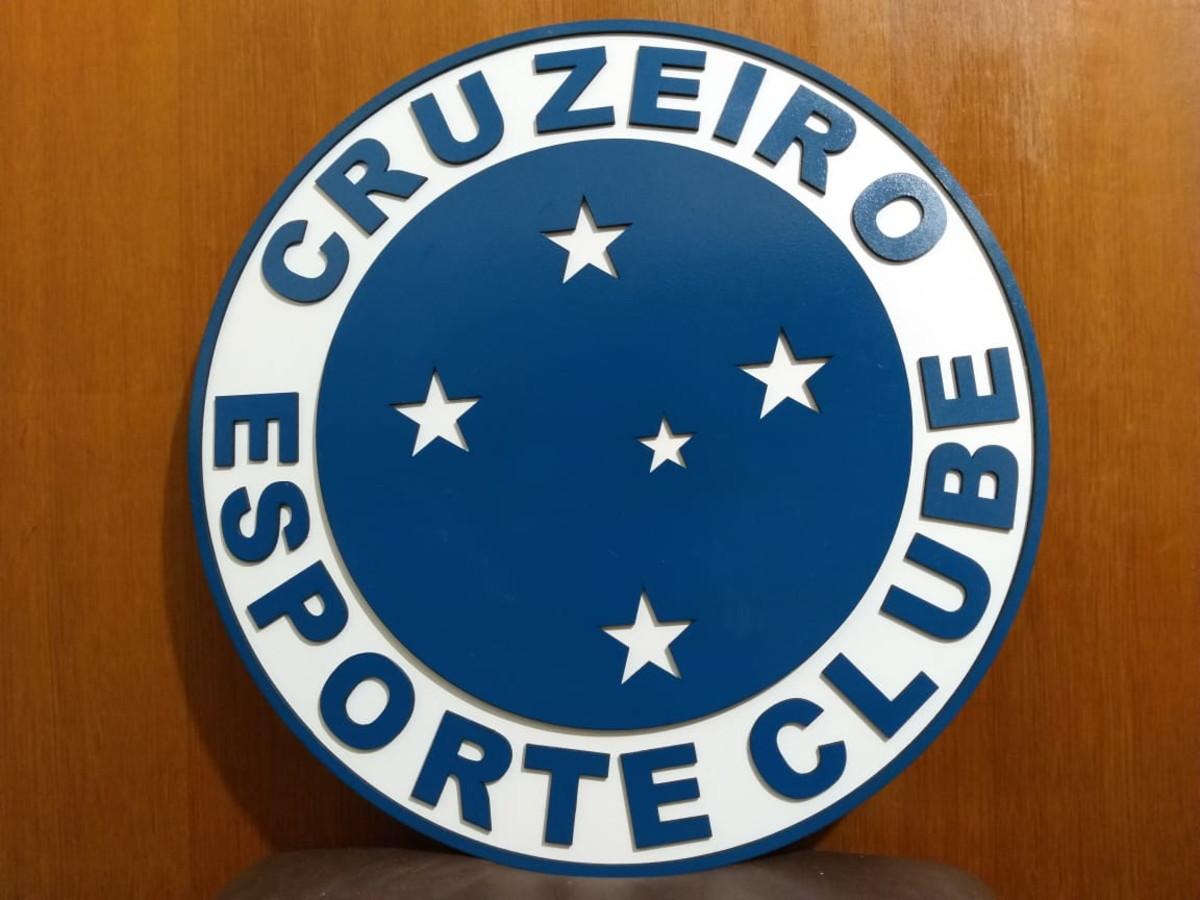 e967b268f3 Quadro Decorativo MDF Escudo do Cruzeiro Esporte Clube no Elo7 ...