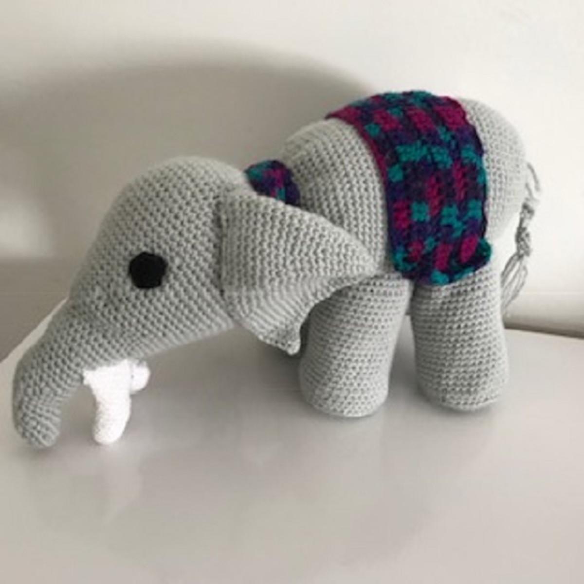 Tutorial: Come ricamare un Elefante Amigurumi (sub. English y ... | 1200x1200