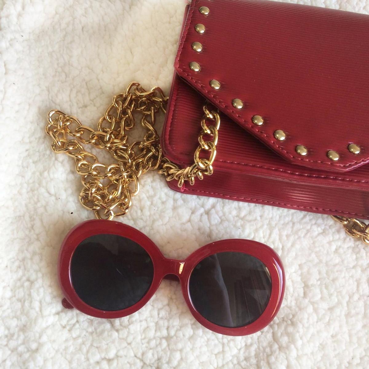 Óculos Vintage Oval Vermelho no Elo7   Breshop Luna.atic (E5CE3E) 40c96f09b1