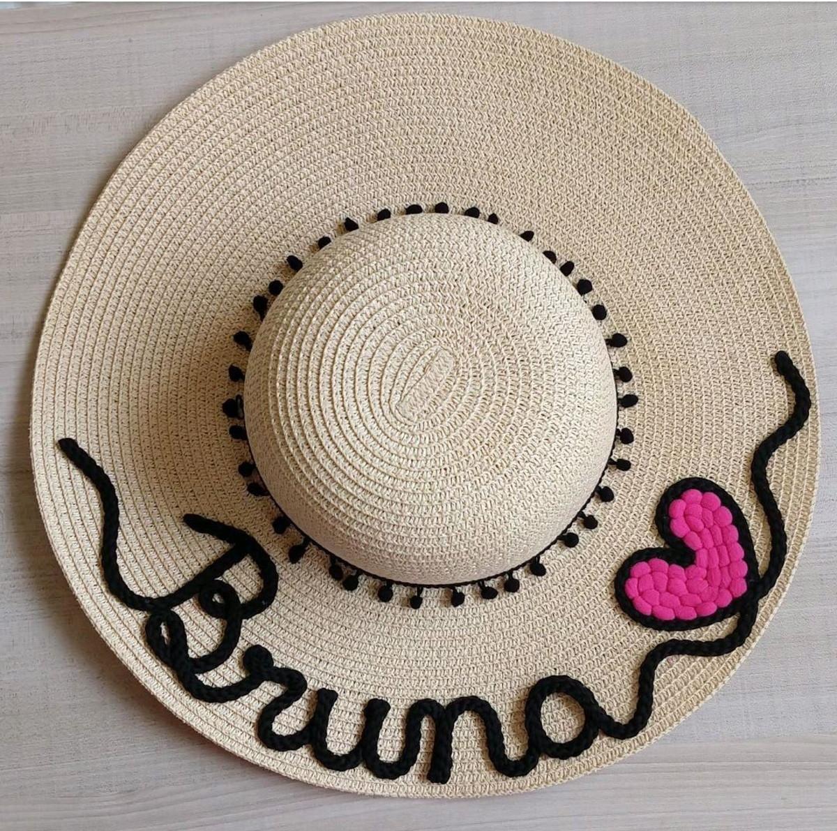 Chapéu de praia personalizado coqueiro com coração rosa no Elo7  7749f1ca5f0