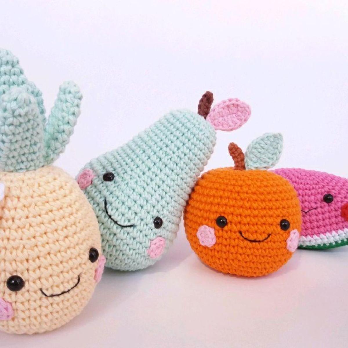 Bill the Pineapple amigurumi crochet pattern by @hookabee | Frutas ... | 1200x1200