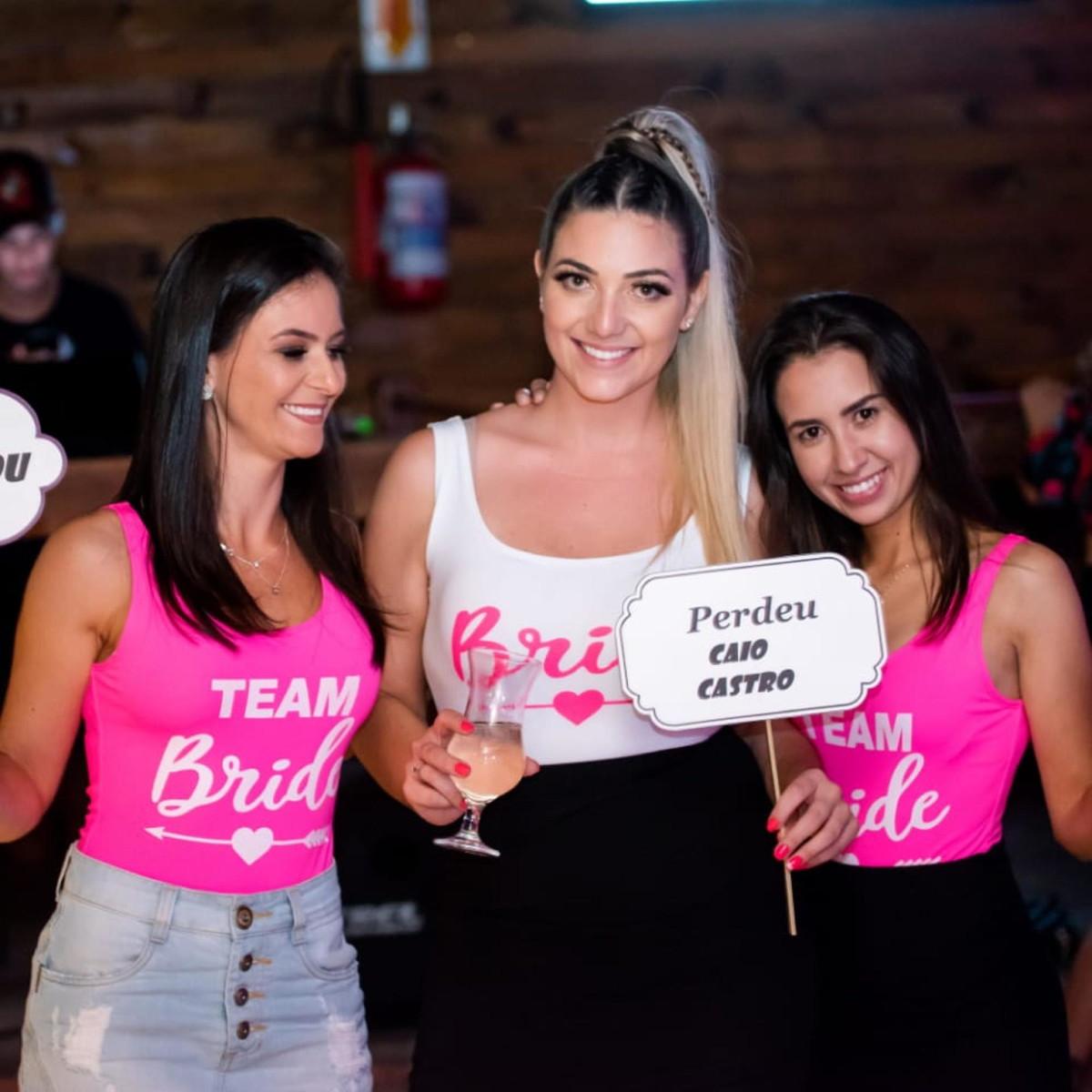 63614cb22baf Body Maiô Lycra Despedida de Solteira Team Bride Rosa Neon no Elo7 ...