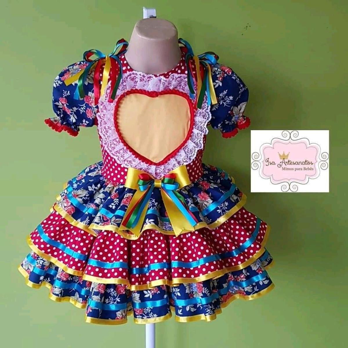 5ee705e65 Zoom · Vestido caipira coração de renda vestido-caipira-coracao-festajunina