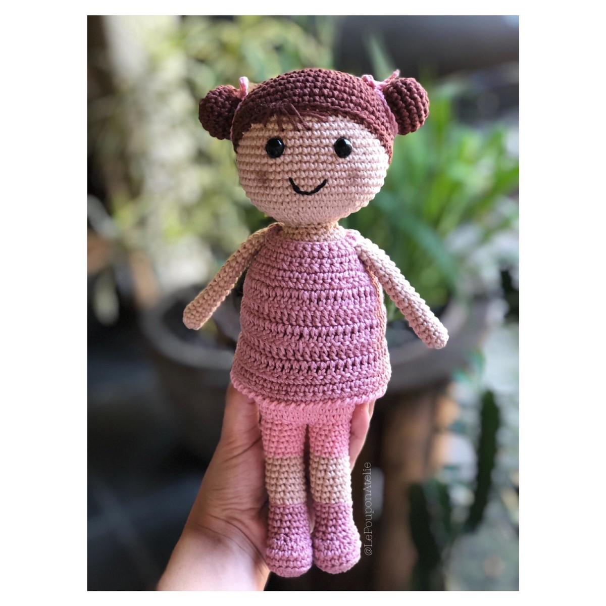 Receita escrita boneca Lulu amigurumi   1200x1200