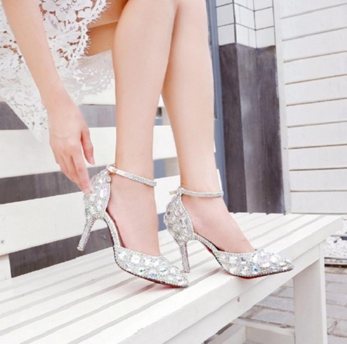 cbfc482ac Luxo Sapato Cristais Noiva Debutante Festa 15 anos Perolas no Elo7 ...