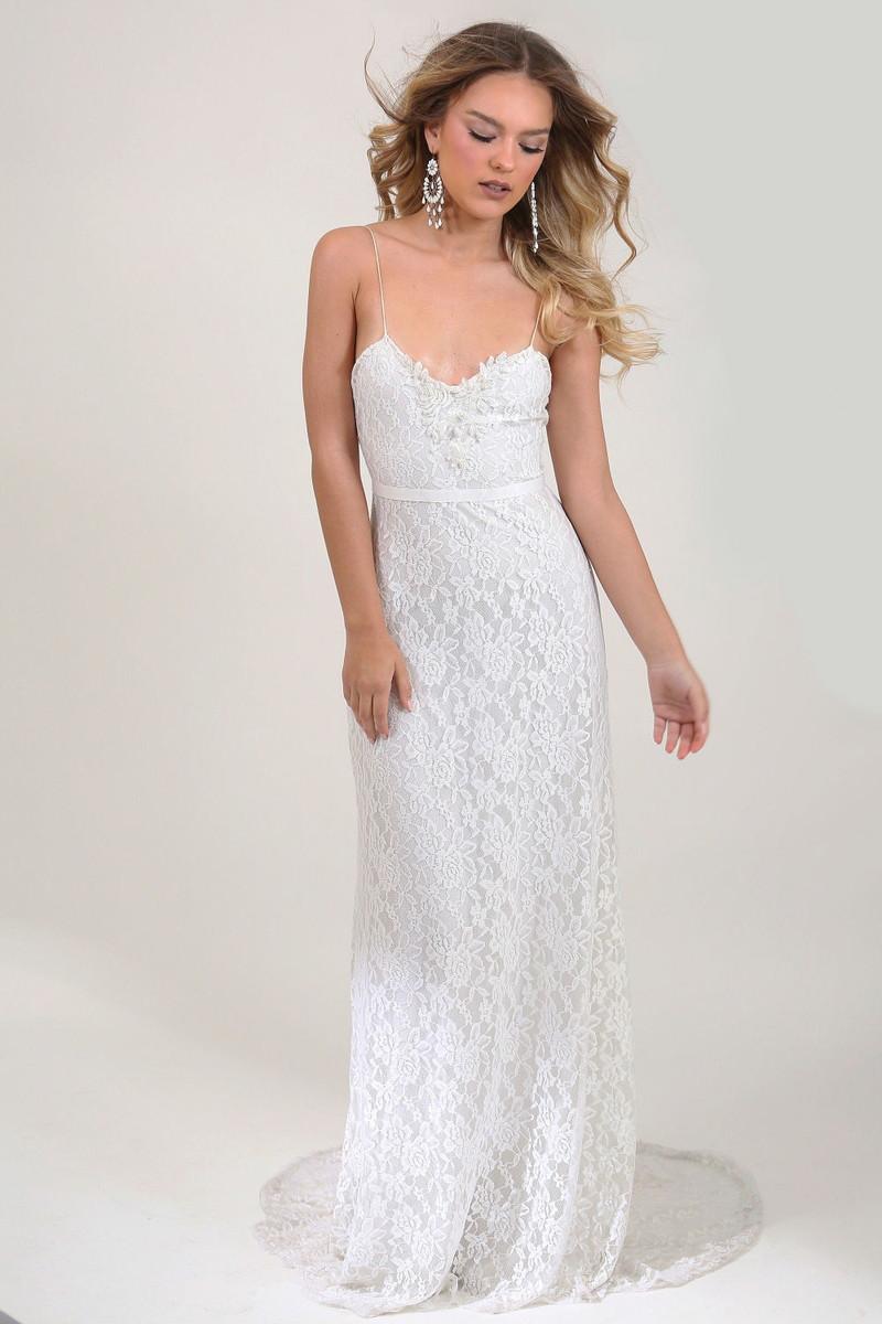 Queima Total Vestido Noiva Renda Alcinha Boho Chic Cauda