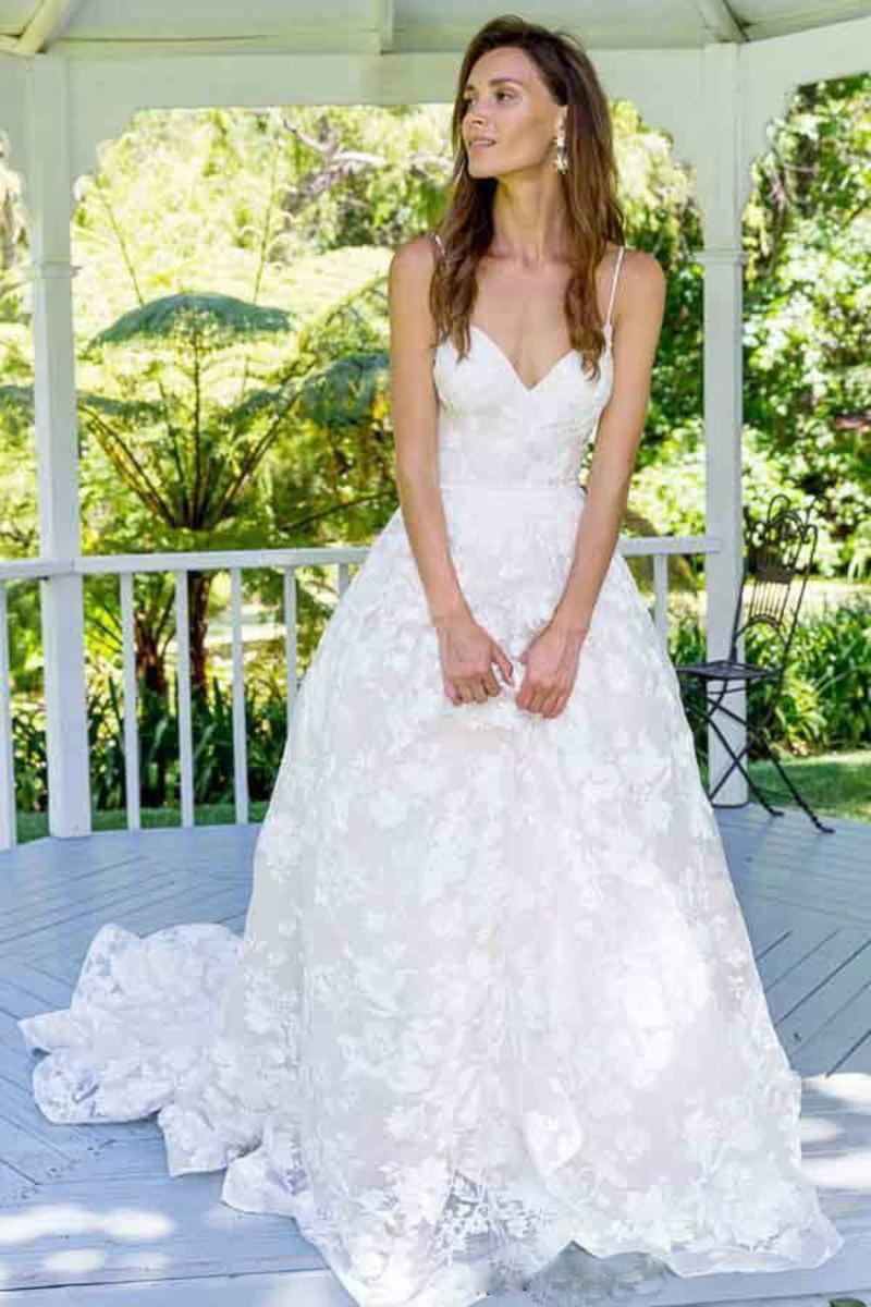 Vestido Noiva Boho Tule Bordado Pedrarias