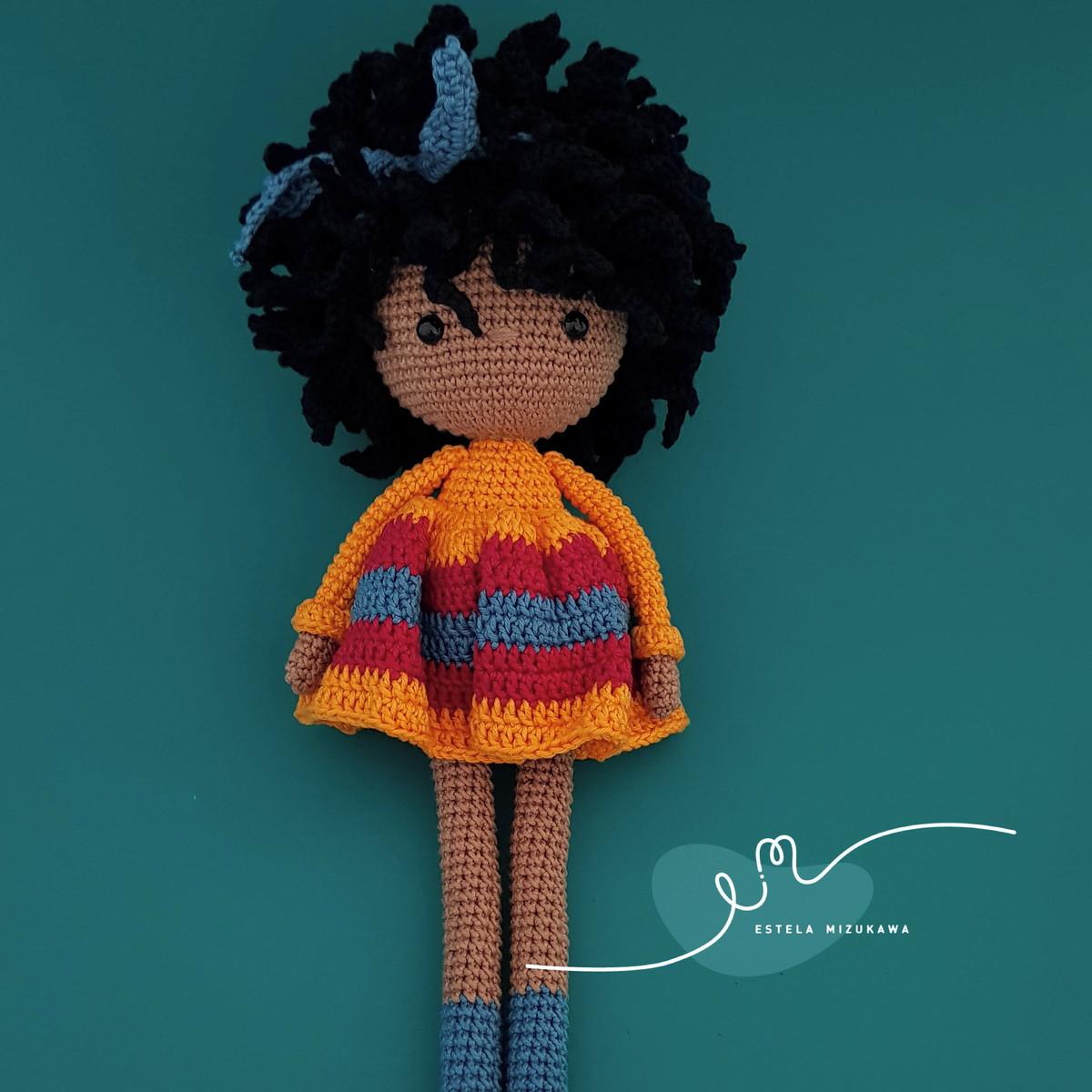 Tutorial de cabelo cacheado para boneca de crochê – Bonek de Crochê | 1200x1200