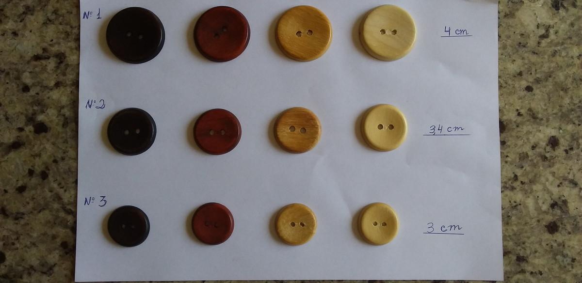 Botão de Madeira Maciça Dois Furos 4,2cm Kit 30 Peças no Elo7 ...