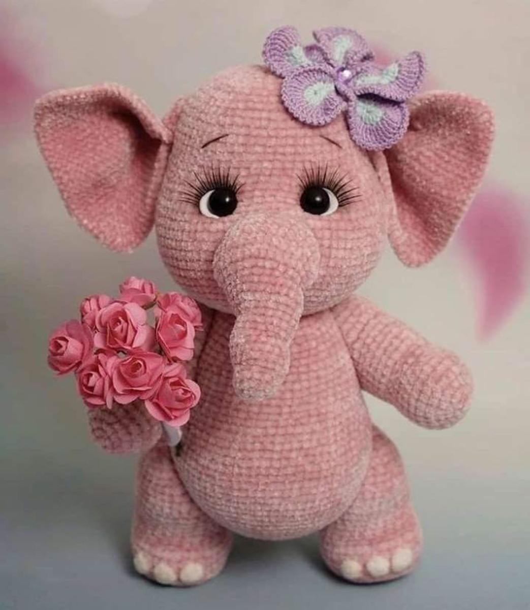 Amigurumi elefantinha | Elefante de crochê, Amigurumi de animais ... | 1200x1043