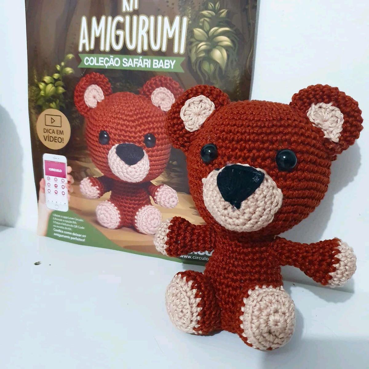 Ursa Lilica • Círculo S/A | Ursos de pelúcia de crochê, Modelo de ... | 1200x1200