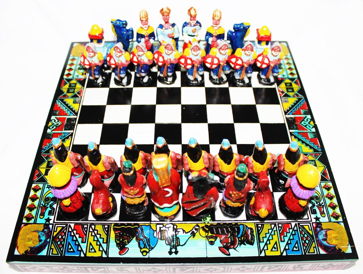 Tabuleiro Jogo Xadrez Madeira Peruano Incas Espanhois 26x26 no Elo7 | Loja  dos Artistas (1227A48)