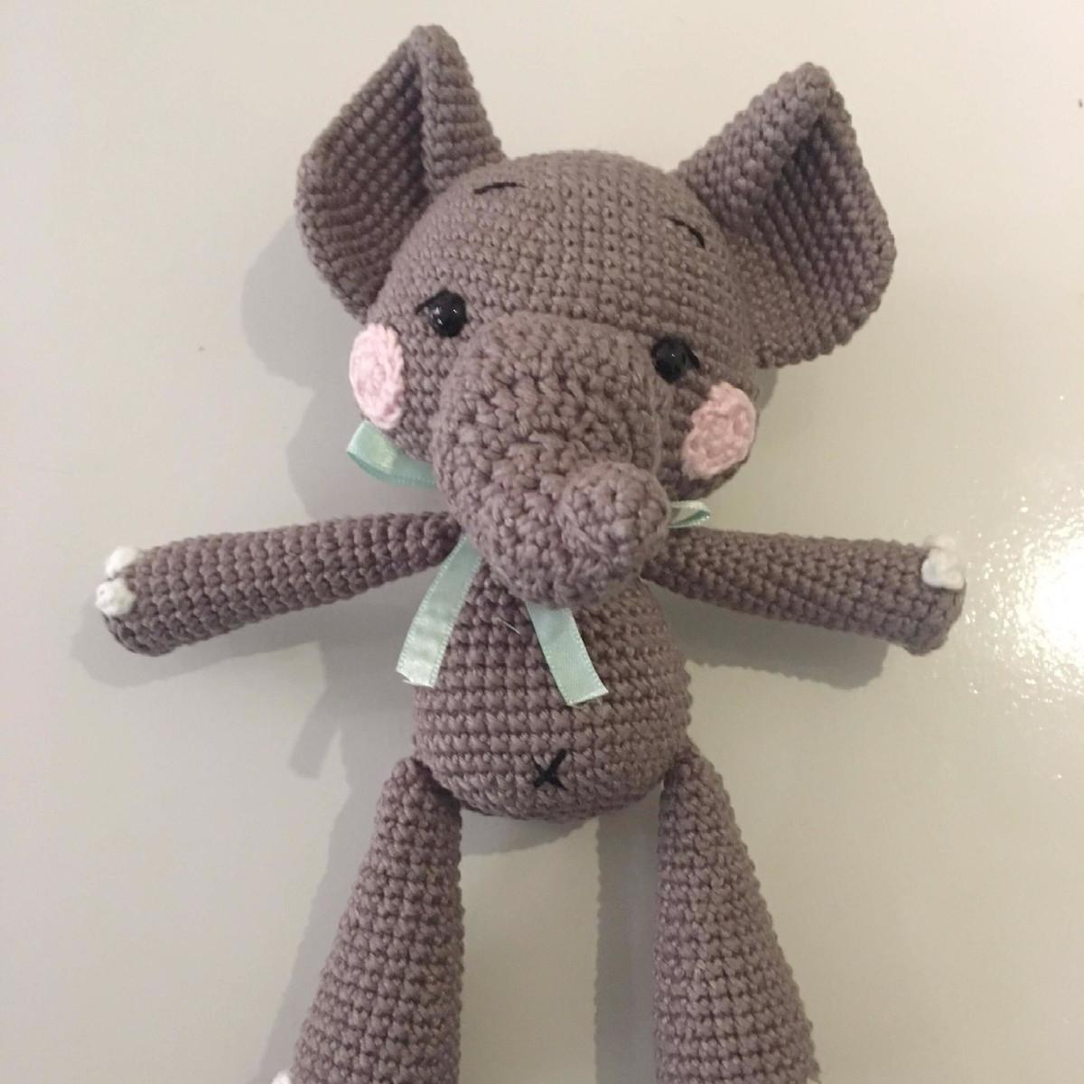 Elefante Amigurumi Manny no Elo7 | AtinaReisHandmade Ateliê (A1F467) | 1200x1200