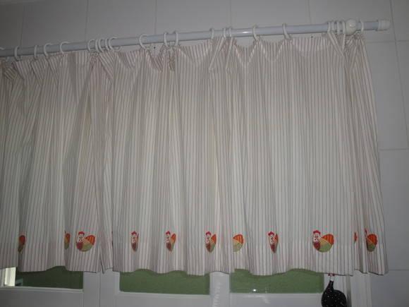 Cortina com apliques de galinha atali koisinhas da vov - Apliques para cortinas ...